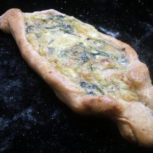 Katchapuri klein (ähnlich Pizza)