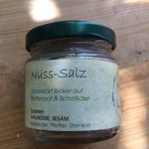 Nuss-Salz